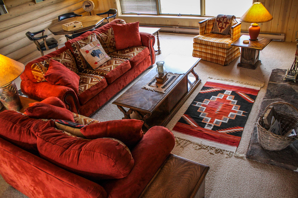 Greer House Living Room | Family dude ranch vacations at CM Ranch